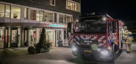 Brandweer rukt uit naar Rhederhof