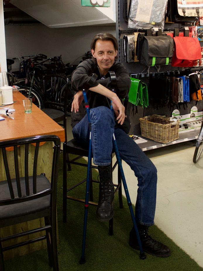 Bart de Vries in de fietsenstalling van Laag Catharijne.