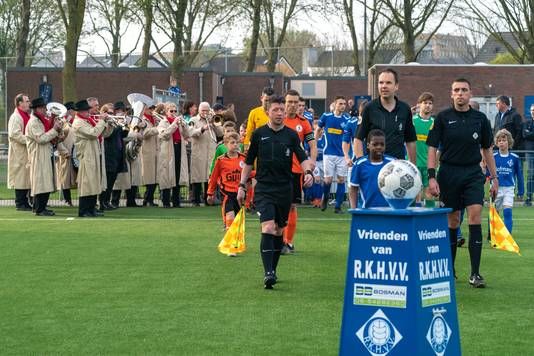 Geen derby  RKHVV - De Bataven volgend seizoen?