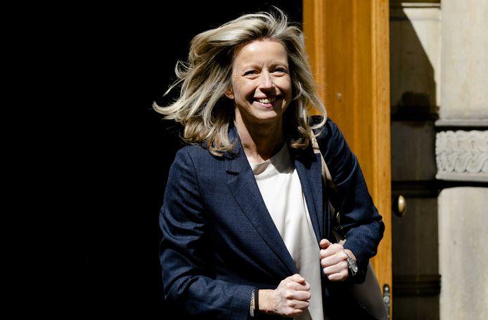 Minister Kajsa Ollongren van Binnenlandse Zaken en Koninkrijksrelaties (D66) na afloop van de wekelijkse ministerraad.