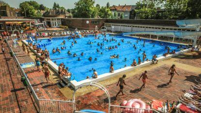 Stad grijpt in na klachten over beheer van zwembaden Abdijkaai en Lagaeplein: nieuwe coördinator houdt oogje in 't zeil