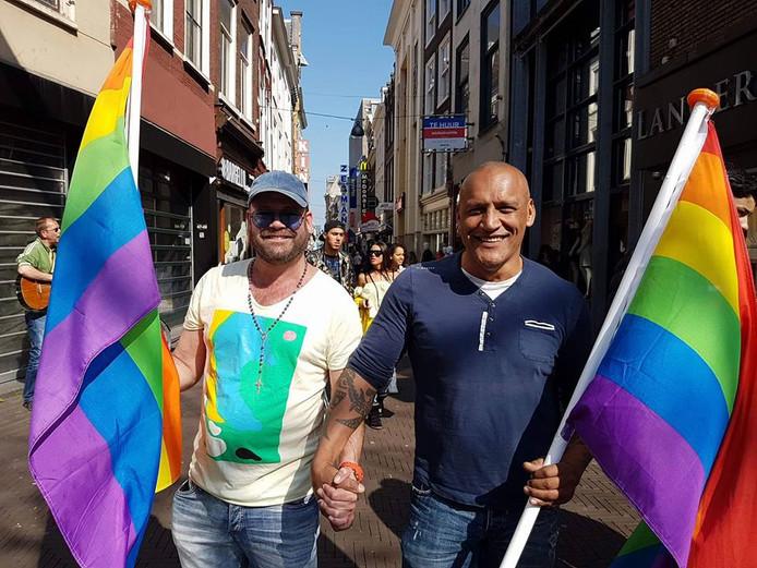 Michael haalde twee jaar geleden het nieuws toen hij met collega Ben Manuputty hand in hand liep met een regenboogvlag. Dat was uit protest tegen homogeweld.