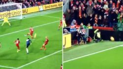 Tekenend voor de malaise bij Man United: Fellaini schiet op doel, maar knalt daarbij steward van zijn stoeltje bij cornervlag