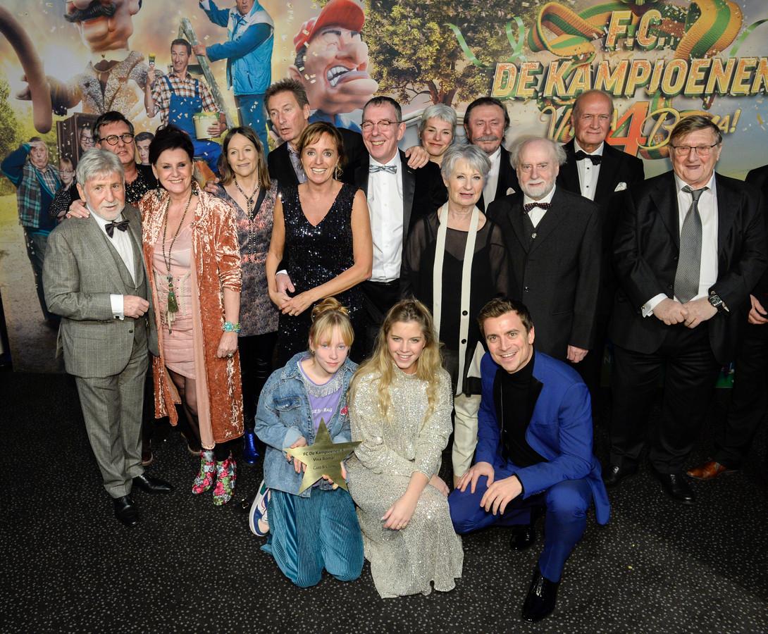 De cast van FC De Kampioenen.