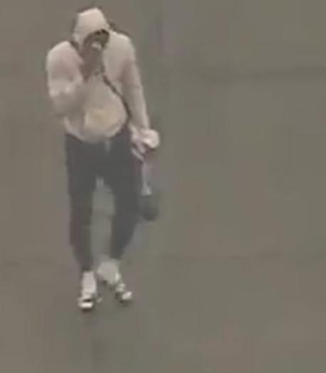 LeBron James en larmes sur le tarmac de l'aéroport de Los Angeles