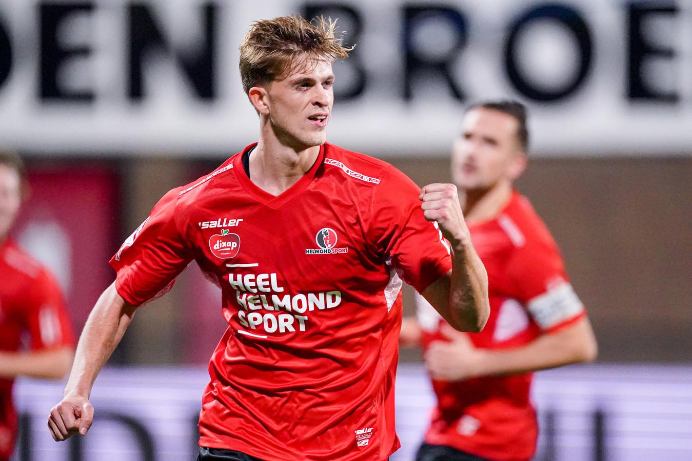 30-10-2020: Voetbal: Helmond Sport v MVV: Helmond (L-R):  Jelle Goselink of Helmond Sport celebrating goal (1:0)