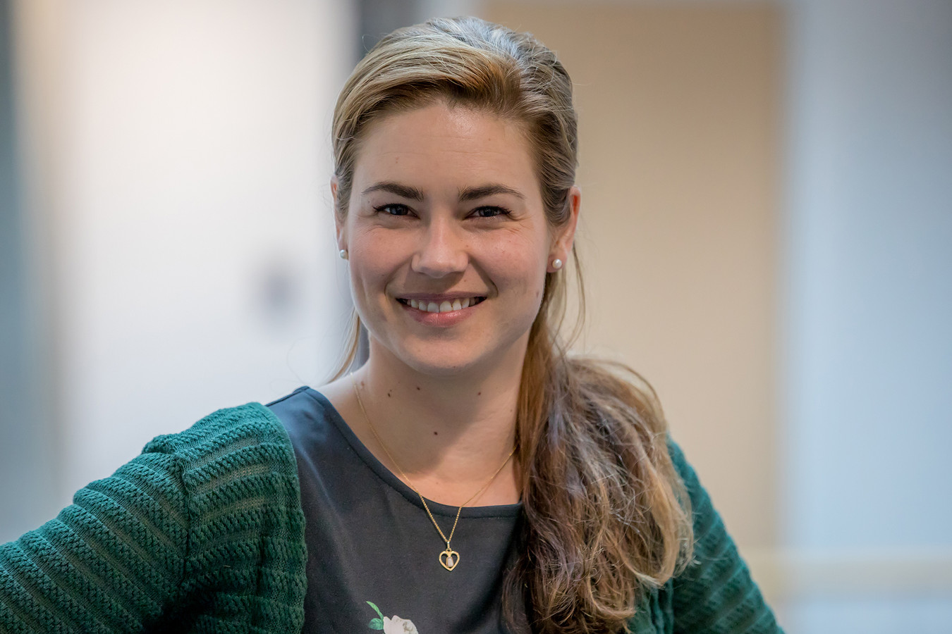 Femke de Vries van GroenLinks Schouwen-Duiveland is met zwangerschapsverlof en wordt tijdelijk vervangen door partijgenoot en afdelingsvoorzitter Henk Struijk.
