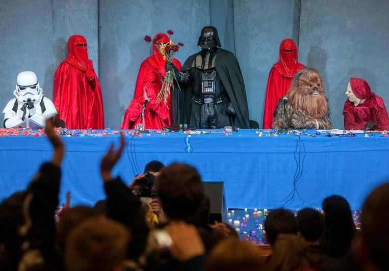 Leden van de Internetpartij houden een congres. Beeld REUTERS