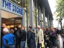 Meteen lange wachtrij bij opening pop-upstore van Beerschot