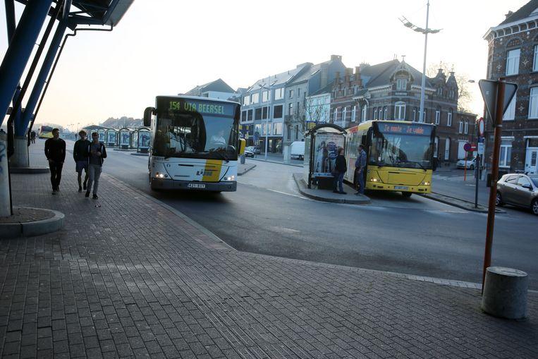 Vanaf maandag rijden heel wat bussen van De Lijn volgens een nieuwe dienstregeling.