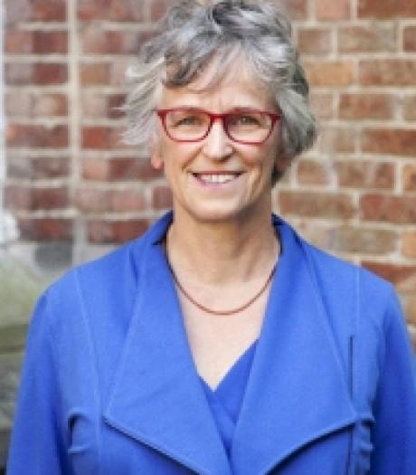 Filosoof Renée van Riessen signeert in Middelburg