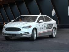 Idee in Evoluon in Eindhoven: water bij benzine maakt auto schoner