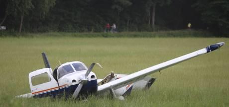 Weer ongeluk met vliegtuigje op Breda International Airport, piloot gewond