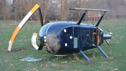 Helikopter maakt lelijke buiteling bij mislukte noodlanding: vier inzittenden komen met schrik vrij