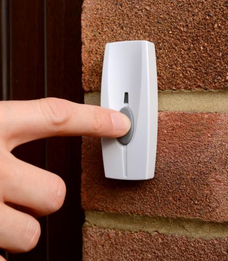 Bewoners krijgen 'slim' slot om thuiszorg makkelijker te maken