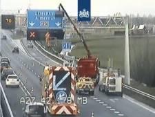 Vrachtwagen raakt matrixbord: vertraging op A27 richting Utrecht
