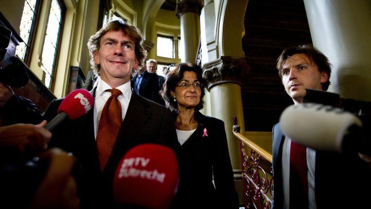 Ad Koppejan en Kathleen Ferrier in oktober 2010 na fractieberaad van het CDA over het regeer- en gedoogakkoord. De fractie stemde uiteindelijk unaniem in. Beeld ANP