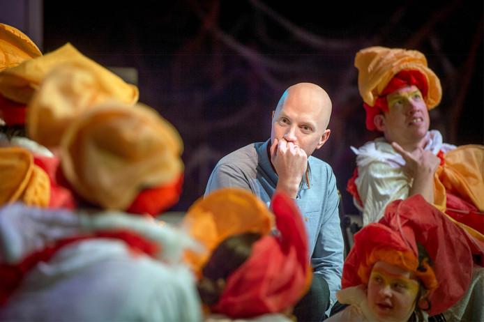 Lex Gaarthuis te gast bij Toverbaltheater.