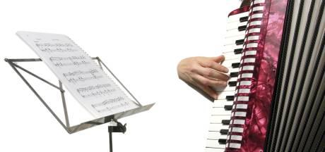 Treffen accordeon in De Schakel in Hooge Mierde groeit door uitstapjes
