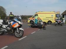 Motorrijdster naar ziekenhuis na aanrijding in Joppe  door onoplettende automobilist