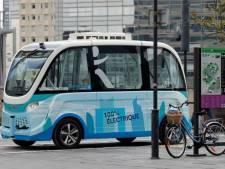 Autonome bus rijdt voetganger aan in Wenen, experiment ook in Parijs gestopt