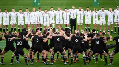 Epische Haka van Nieuw-Zeelanders overstemd door Engelse fans die blijven zingen