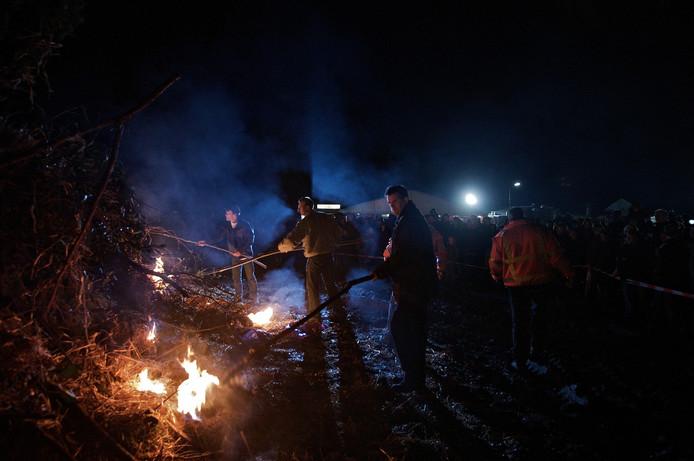 Dit beeld gaan we niet zien met Pasen, het ontsteken van het paasvuur van Velswijk.