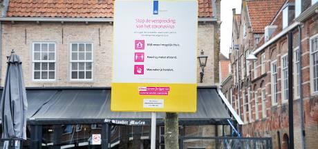 Afstand houden in Dordrecht en omstreken: 29 waarschuwingen, drie boetes op zonnige zaterdag