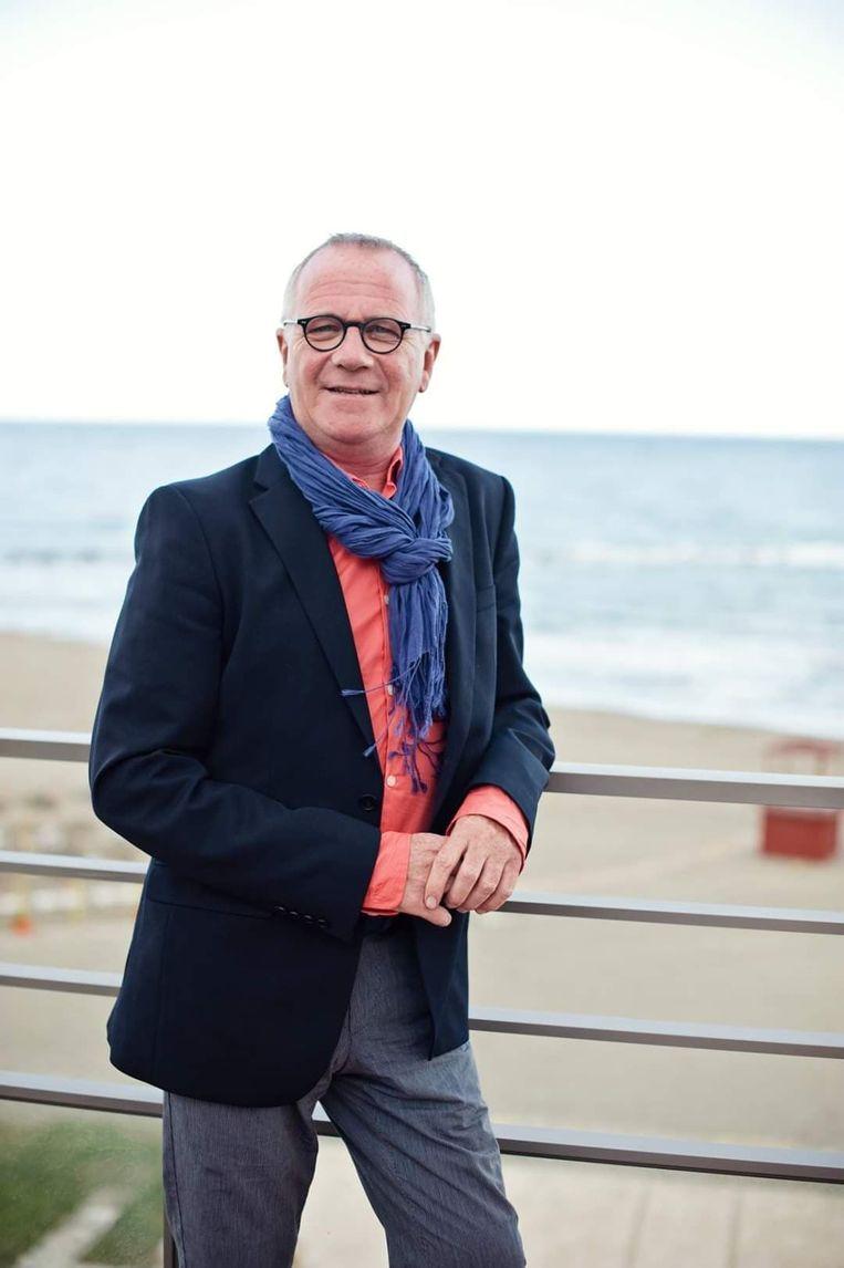 Carlos De Latter.