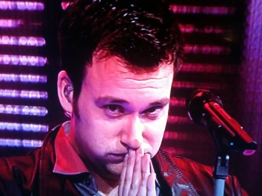 Chris, net nadat hij gehoord heeft dat hij doorgaat naar de finale. © RTL
