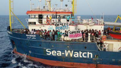 Bracht reddingsboot ook folteraars en verkrachters naar Italië? Politie pakt drie mannen op
