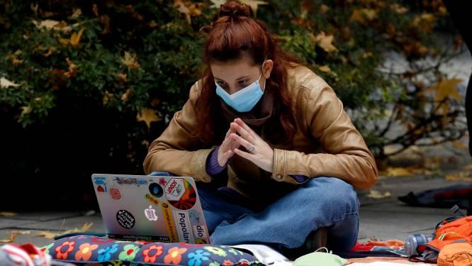 De coronaparadox: één op zeven studenten worstelt met donkere gedachten, maar nog nooit was aanbod  aan psychologische hulp op universiteit en hogeschool zo groot
