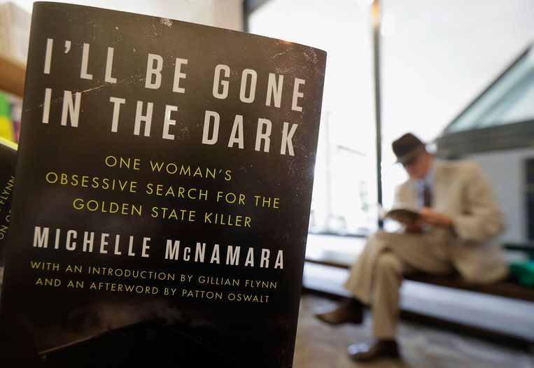 Het boek dat Michelle McNamara over de zaak publiceerde: 'I'll Be Gone in the Dark'