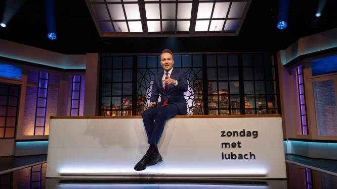 Komiek Arjen Lubach scoort met cynische kerstparodie