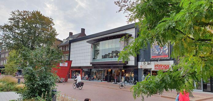 De winkel in Hengelo, daags na het uitspreken van het faillissement.