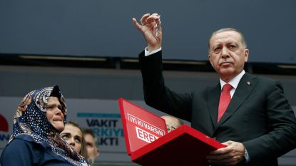 Erdogan belooft noodtoestand op te heffen als hij herverkozen wordt