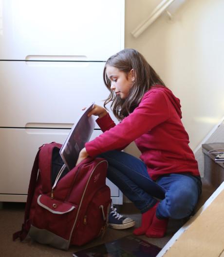 Stichting Carmelcollege wil minder schoolboeken in de klas