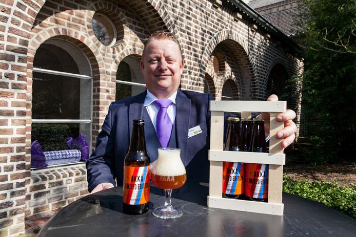 Huisbrouwer Marcel Veringa van Het Klooster met het Koningsbier genaamd Amersfoortse Kruisheren Klooster Abdij.