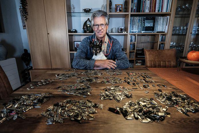 Jacques Beemsterboer met de kofferlipjes.