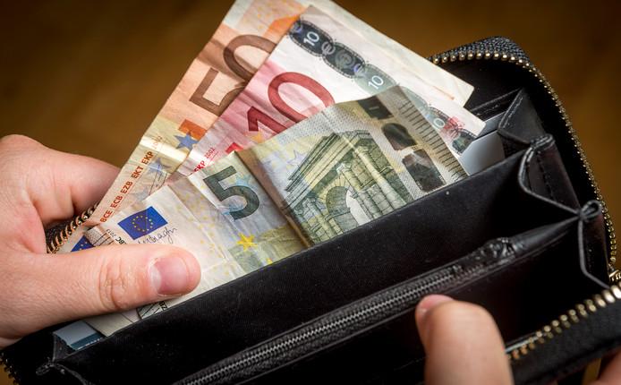Voor mensen in de gemeente Raalte die moeten rondkomen van een klein inkomen, volgen meer mogelijkheden voor financiële steun.