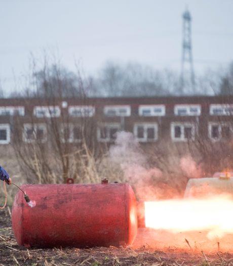 Aan carbidschieten moeten ze niet komen, vindt burgemeester van Wierden