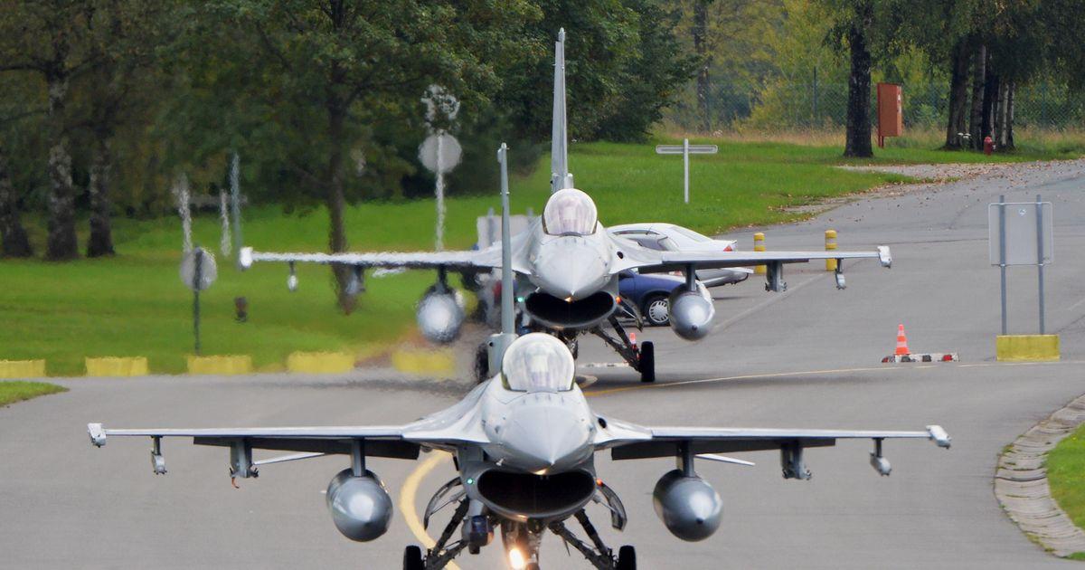 """""""F-16 ontploft op militaire vliegtuigbasis in Florennes"""""""