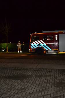 Auto belandt in de sloot in Angeren
