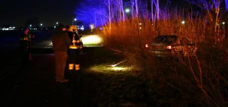 Brandweerman rukt uit voor brand, maar belandt in Aalst in bos