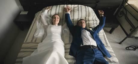 Voici combien de couples font vraiment l'amour lors de leur nuit de noces