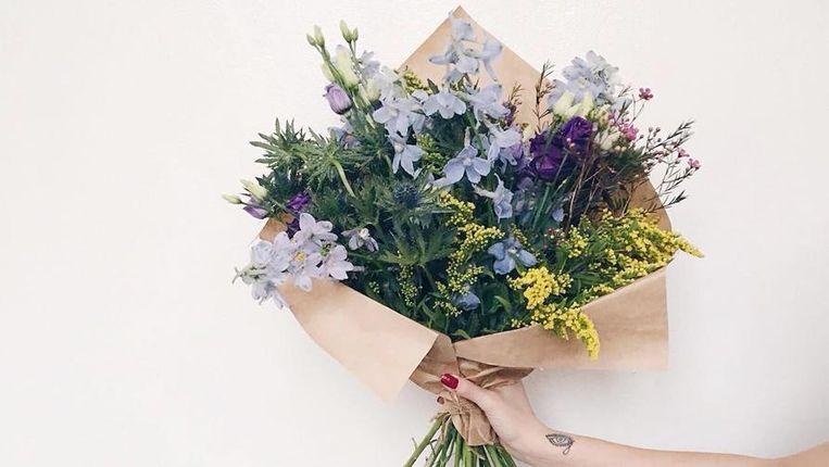 6b804f947af 5 trucjes van een bloemist om langer van je boeket bloemen te ...