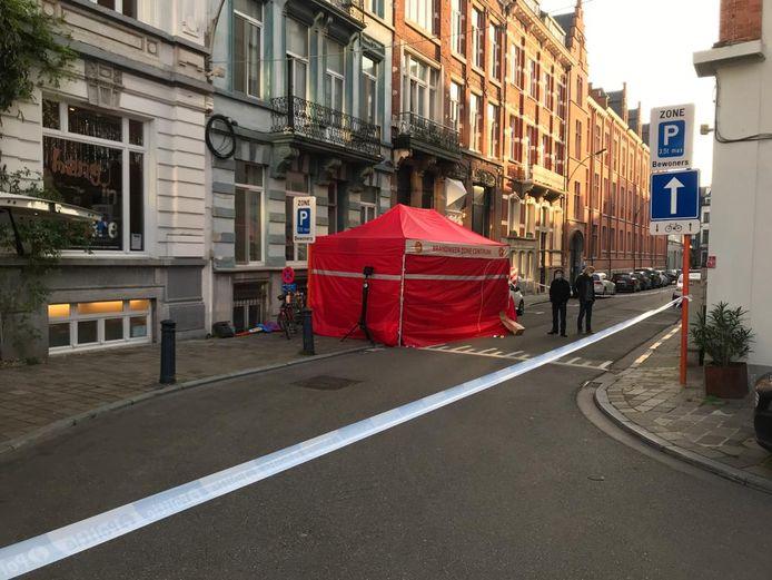 De ingang van de straat werd een hele voormiddag afgezet.