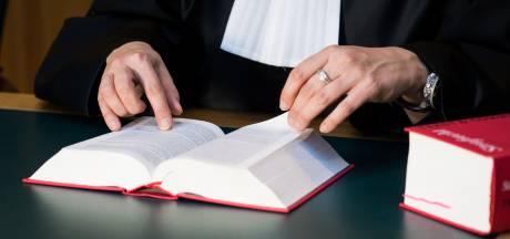 Celstraf voor 's-Gravendeler na poging keel door te snijden