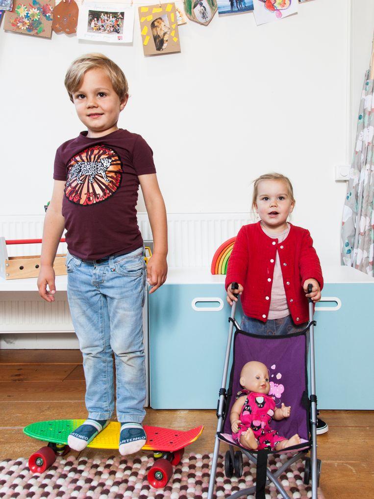 Buitenkansbaby's Hugo en Julia.  Beeld Adriaan van der Ploeg