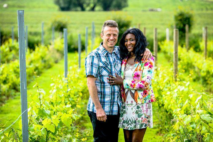 Bart en Razade zijn met hun B&B 't Zwaluwnest te zien in het VTM-programma 'Met Vier in Bed'.